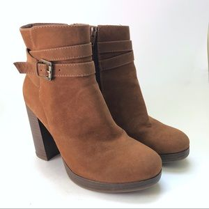A New Day heeled brown booties/ 6.5